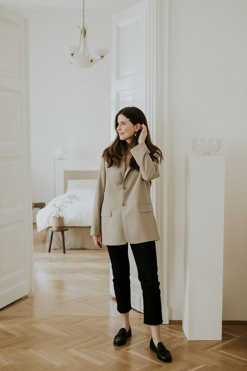 Könnyed, francia elegancia, azaz egy csipetnyi Párizs Budapesten - ezt sugallja Viki és a lakása is